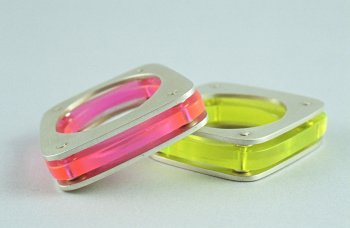 acrylic rings :  colourful acrylic neon modern