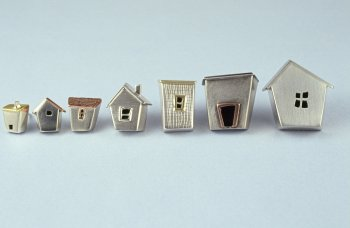 andrée wejsmann - neighbourhood brooches